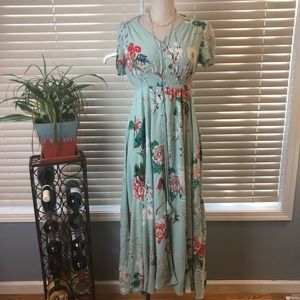 Dresses & Skirts - Long baby blue floral print dress. Size Large